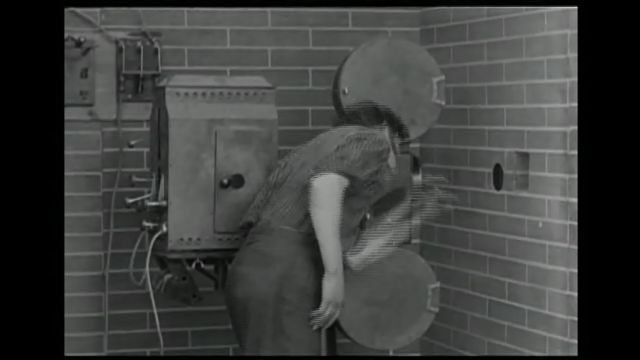 Mabel's Dramatic Career - A real 1913 projection room?
